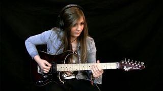 Impressionnant- Tina, l'ado prodige de la guitare électrique, devient célèbre grâce à Youtube (vidéos) 132