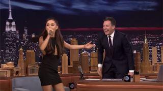 BLUFFANT- Ariana Grande imite Céline Dion à la perfection (vidéo) 69