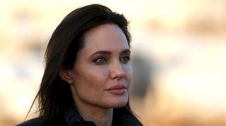 Angelina Jolie annonce s'être fait enlever les ovaires, craignant un cancer 54