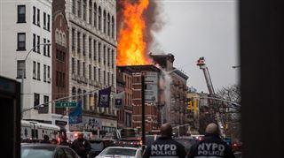 Une explosion provoque l'effondrement de deux immeubles à New York- 12 blessés, le restaurant belge Pommes frites détruit (vidéo) 4