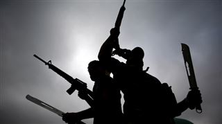 L'armée américaine largue des tracts de propagande en Syrie- le groupe Etat islamique hache menu ses recrues 10