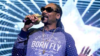 Snoop Dogg présente son nouvel album Bush- J'aime les arbres, l'herbe... la t***** 48