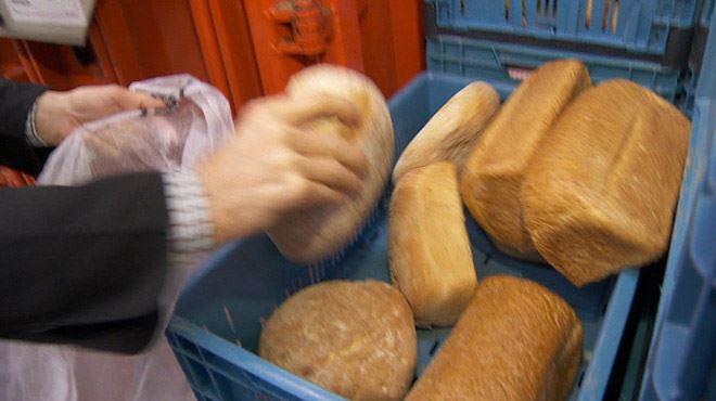 Que faire de ces tonnes de pain jetées chaque jour? Ces Bruxellois les récupèrent de façon surprenante 12