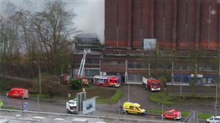 Un incendie ravage la patinoire de Coronmeuse- Ma fille m'a avertie qu'il y avait de la fumée 2