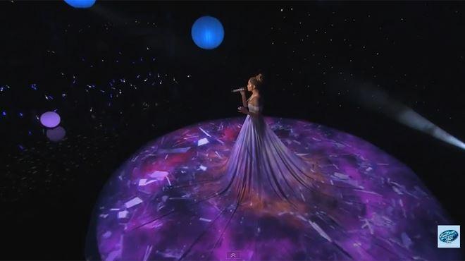 La magnifique robe de Jennifer Lopez prend vie (vidéo) 22