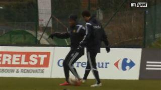 Michy Batshuayi ridiculise Moussa Dembélé à l'entraînement 16
