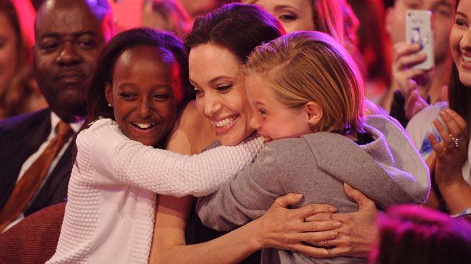 Première apparition d'Angelina Jolie, entourée de ses filles, depuis son opération (photos) 3