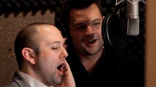 Un couple gay, désireux d'adopter, déclare son amour à son futur bébé dans une chanson (vidéo) 3