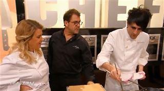 Séquence très drôle dans Top Chef quand Michel Sarran titille Olivier- C'est avec tes soeurs que tu as commencé à te maquiller? (vidéo) 25