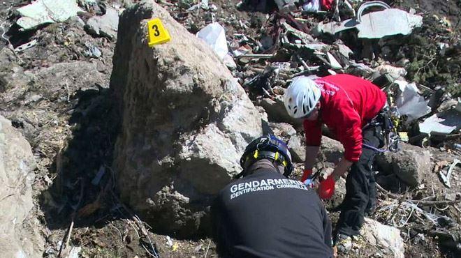 Crash en France- une vidéo retrouvée dans les décombres confirme l'horreur vécue par les passagers 1