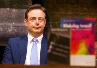 Plainte pour racisme contre Bart De Wever- il annonce qu'il arrêtera la politique s'il est condamné 8