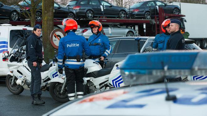 Et vous, faites-vous confiance aux policiers ? 1