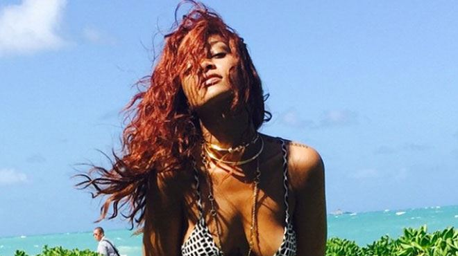 Rihanna, pêcheuse sexy à Hawaï, exhibe son gros poisson sur Instagram (photos) 21