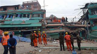 Sur les 121 Belges au Népal, 98 sont en sécurité 2