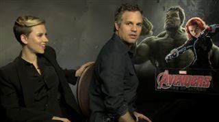 Réussi - Scarlett Johansson et Mark Ruffalo inversent les rôles durant une interview (vidéo) 23