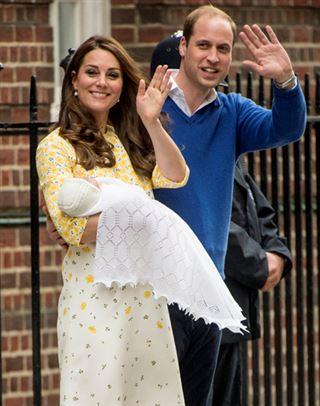 Royal Baby 2- toute la famille se presse pour rencontrer la princesse 10