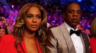 Beyoncé affiche un indécent décolleté au combat du siècle (photos) 4