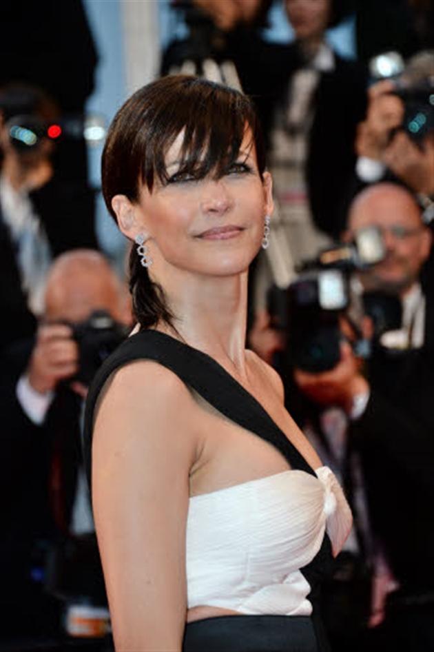 Cannes 2015 : Sophie Marceau, ultra sexy avec son pantalon ... Charlize Theron Son