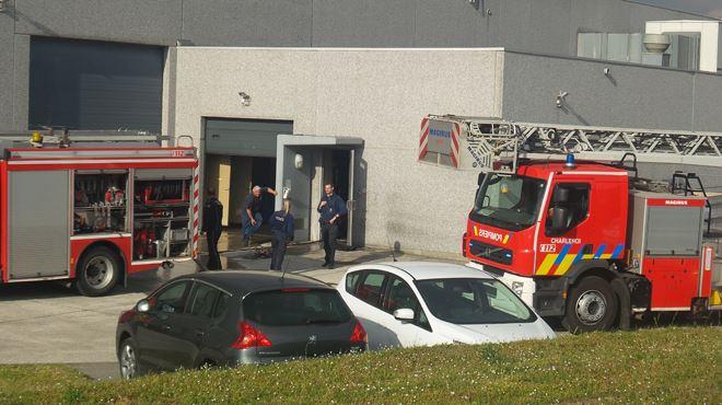 Incendie dans une usine de biscuits et gaufres à Courcelles- le personnel rapidement évacué 1