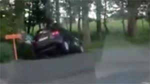 Morgan filme un chauffard qui frôle le frontal sur plusieurs kilomètres- Les flics nous disent qu'il est clean (vidéo) 3