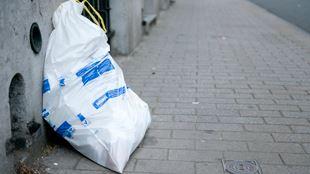 Que faire de son sac poubelle lorsqu'on part en vacances? La ville de Tournai a trouvé LA solution 3