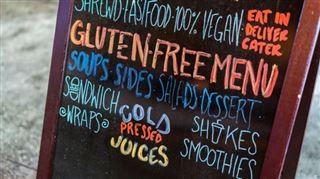 Les substances allergisantes comme le gluten ou les oeufs DOIVENT être signalées, même au restaurant et dans les cantines 3