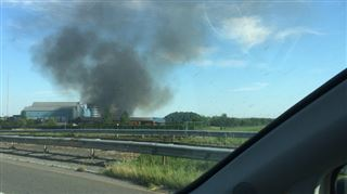 Incendie chez Hygea à Havré- une épaisse fumée se dégage (vidéo) 2