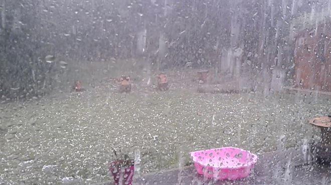 Alerte météo- orages violents, pluies intenses, grêle et impacts de foudre jusque 22H (VOS vidéos et photos) 1