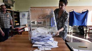 Grèce- le non aux créanciers domine après dépouillement de la moitié des bulletins 2