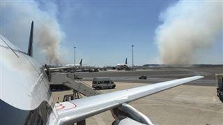 L'aéroport de Rome menacé par un incendie- le trafic aérien reprend (vidéo, photos) 2