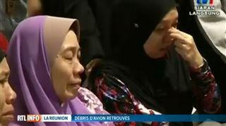 Enigme du vol MH370- Tout a de nouveau recommencé, regarder constamment le téléphone portable dans l'attente de nouvelles. J'essaie simplement de penser à autre chose 3