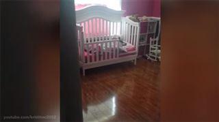 Cette maman a découvert un intrus dans le lit de sa fille (vidéo) 39