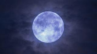 Des internautes nous envoient leurs photos de la Lune bleue de cette nuit- avez-vous vu ce phénomène rare? 2