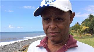 Vol MH370- un ramasseur de déchets révèle avoir trouvé un siège et deux valises il y a 3 mois (vidéo) 4