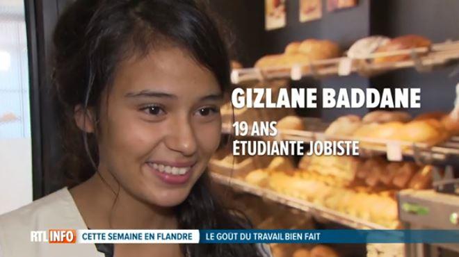 Gizlane, honorée, reçoit un chèque de 1250 euros- trois ans qu'elle n'a pas fait de grasses matinées le dimanche 1