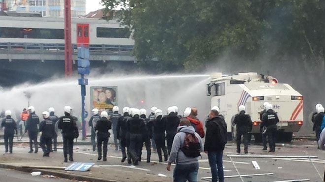 Manifestation nationale- au moins 80.000 personnes, quelques débordements et échauffourées, 25 personnes arrêtées (photos et vidéos) 1