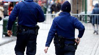 Armer nos policiers 24h/24 et leur permettre de sécuriser bénévolement nos écoles- voici l'idée de Serge, policier depuis 25 ans 2