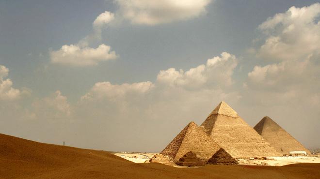 Incroyable découverte au milieu des pyramides d'Egypte: un bateau vieux de 4.500 ans