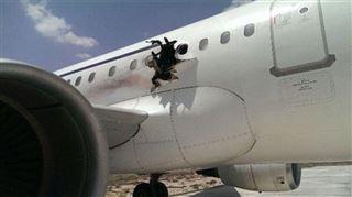C'est bien une bombe qui a troué le fuselage d'un avion en Somalie- elle devait tuer tous les passagers 5