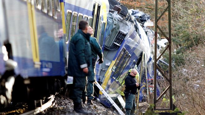 Deux trains se percutent en Allemagne- au moins 8 morts, une centaine de blessés 1